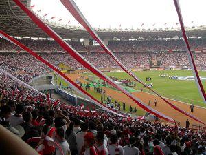 800px-gelora_bung_karno_stadium_asia_cup